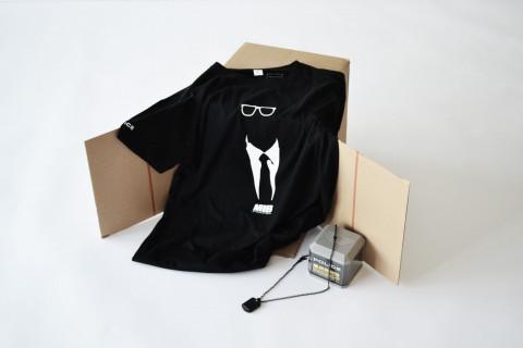 Бесплатна Men in Black маичка